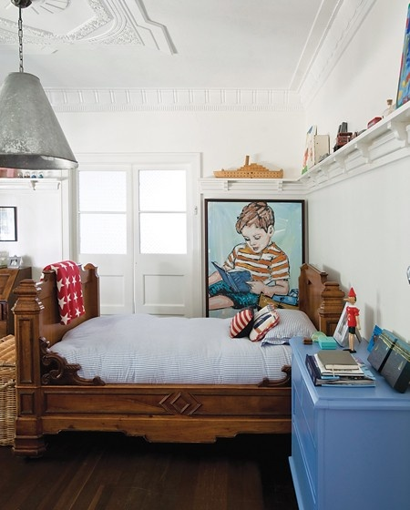 Charming Little Boy's Bedroom - LOVE the painting