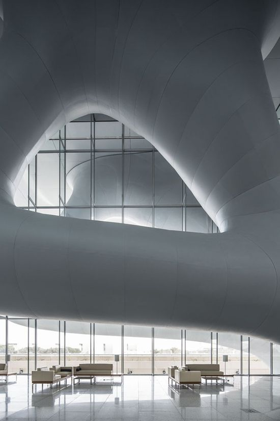 Qatar National Convention Centre / Arata Isozaki espacio