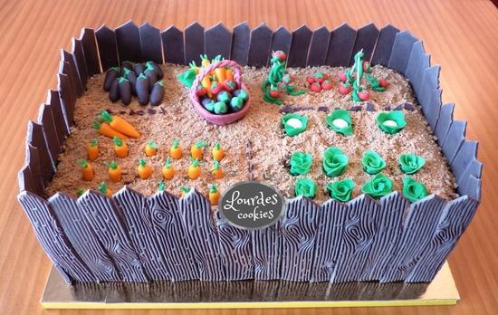 Tarta huerto fondant del Blog de Lourdes cookies