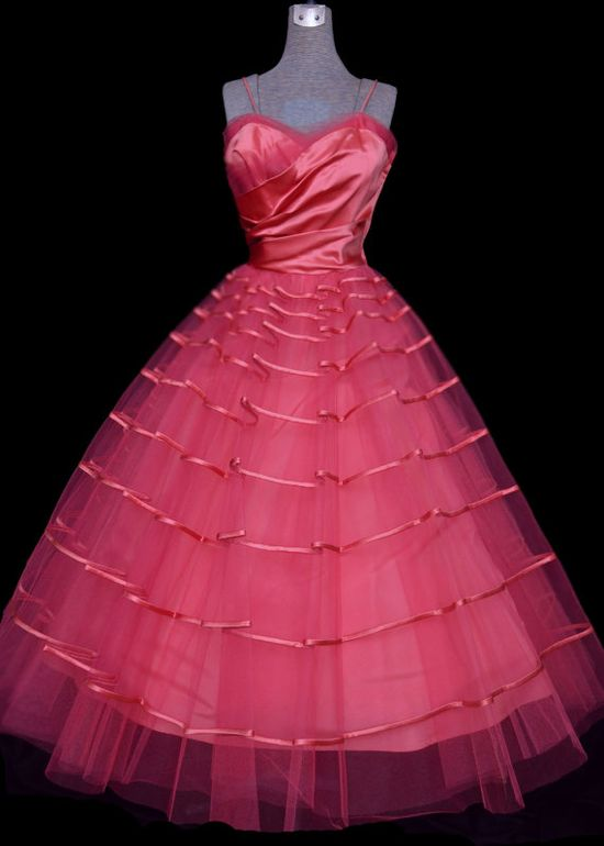 1950s party dress in hot pink satin & tulle.