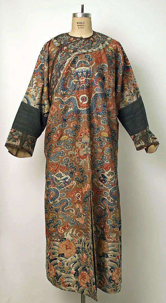 Court robe, 18th century, Chinese, silk & metal, Metropolitan Museum of Art