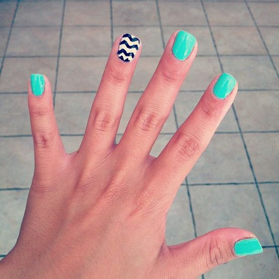 chevron nails :) - @supppshell- #webstagram