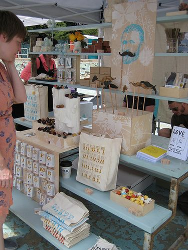 craft fair display ideas - really love this display, very nice looking