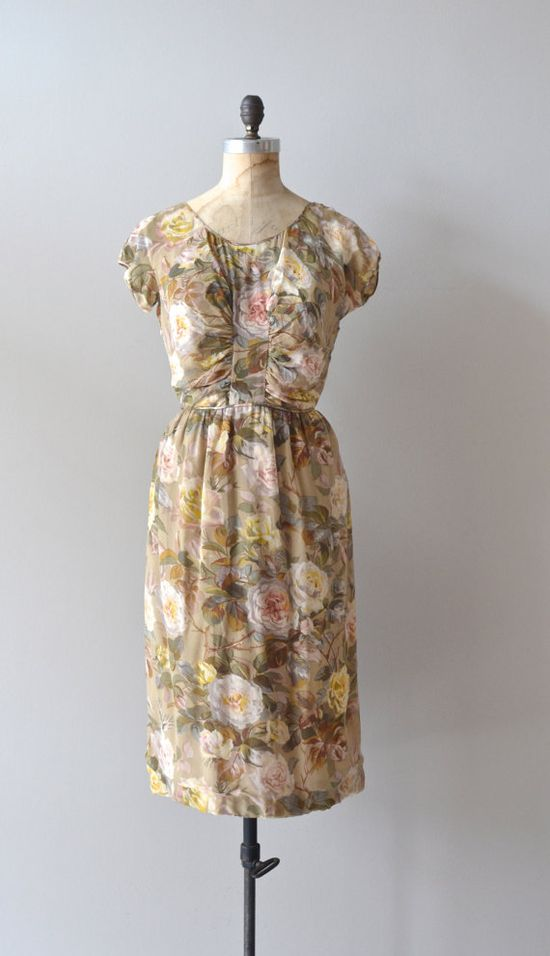 #summer #fashion #floral #dress #1950s #partydress #vintage #frock #retro #sundress #floralprint #romantic #feminine