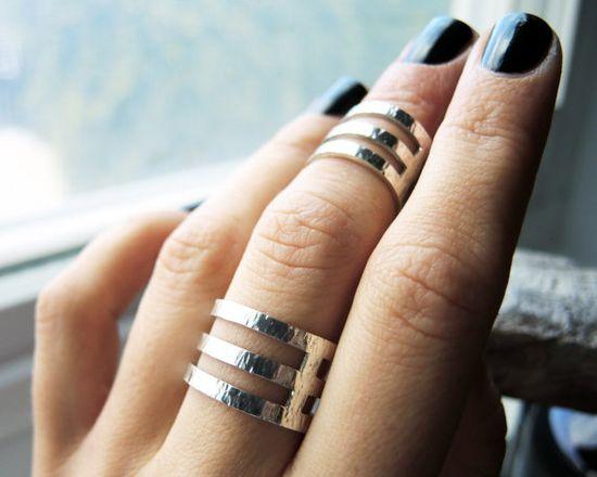 Wide rings rings rings
