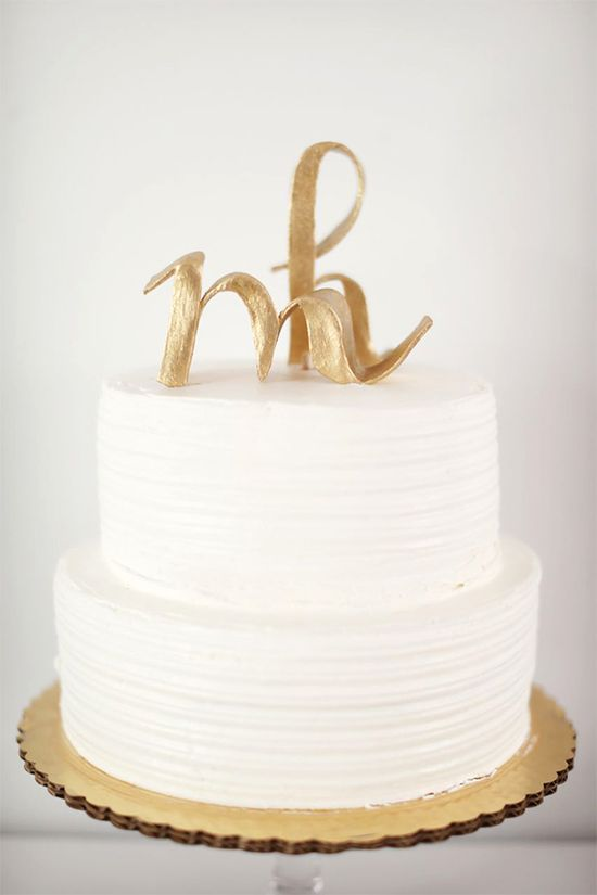 m cake topper ?