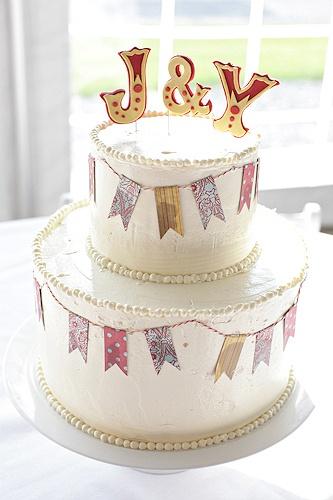 I like the cake topper