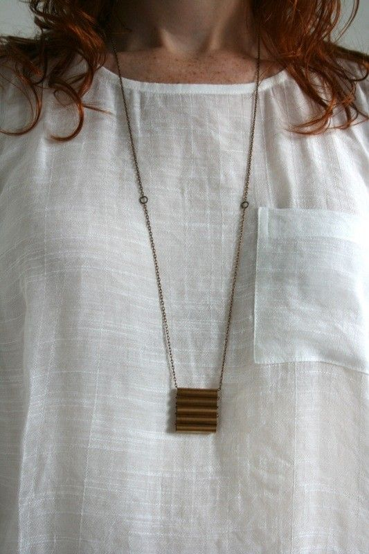 Thinking this idea would be very cool with a kantha stitch bag and a chain fringe....
