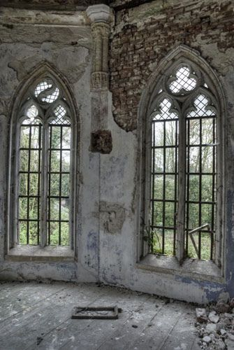 Abandoned, wow these windows are gorgeous!