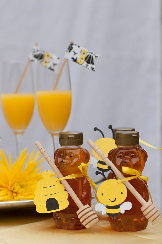 Honey Bee Party Ideas - Find more Bumble Bee Birthday Ideas at www.birthdayinabo...