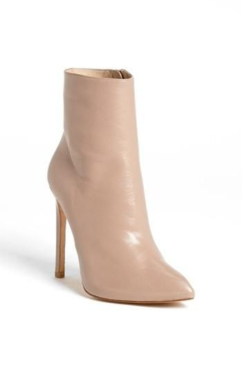 Gorgeous nude bootie