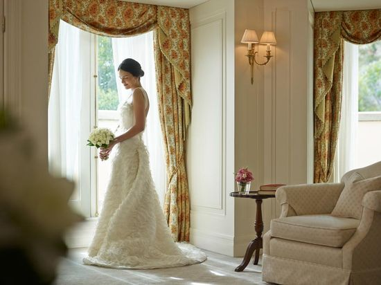 Romantic wedding at the Langham Sydney