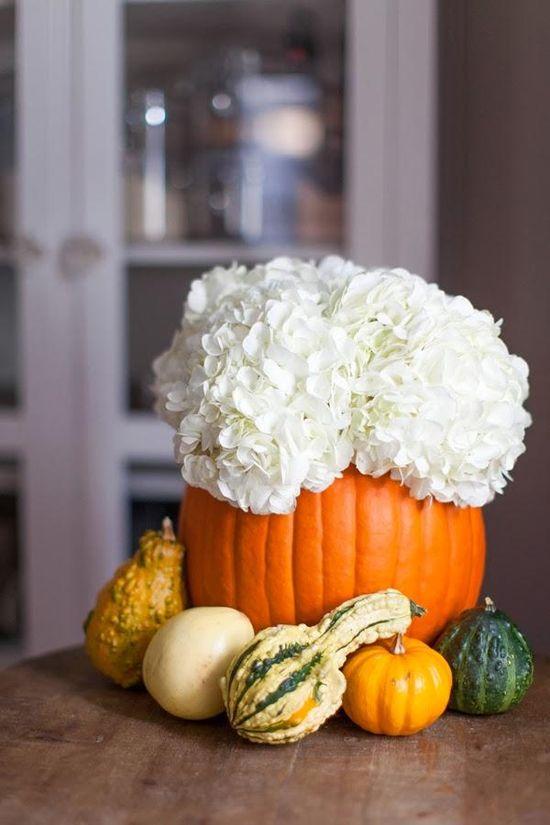 Home decor DIY: Decorative Pumpkin Arrangement.