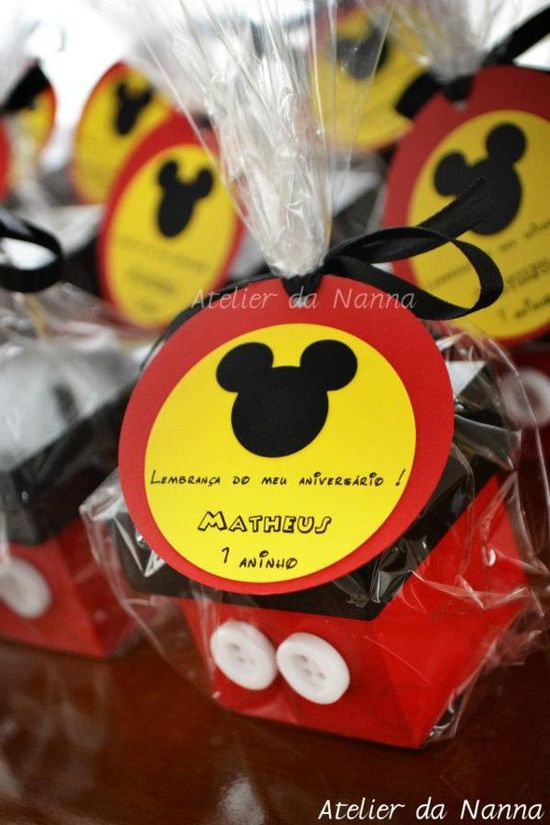 Love these Mickey Mouse party favor boxes via a Mickey Mouse Party on Kara's Party Ideas- www.KarasPartyIde.... Can be made easily!