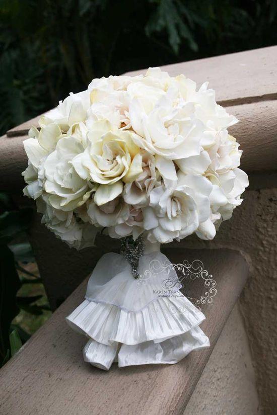 #White #wedding #bouquet