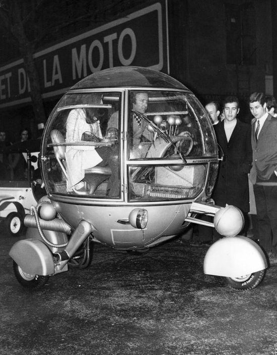#Retro Futurism: Car Concept