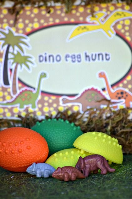 Activities at a Dinosaur Party #dinosaur #partyactivities