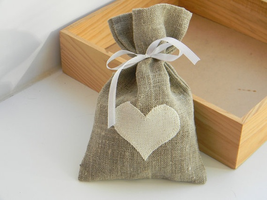 Burlap bags for favors