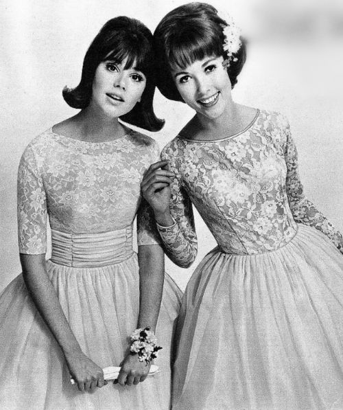 Sweetly beautiful lace dresses from 1964. #vintage #1960s #fashion #dress #hair