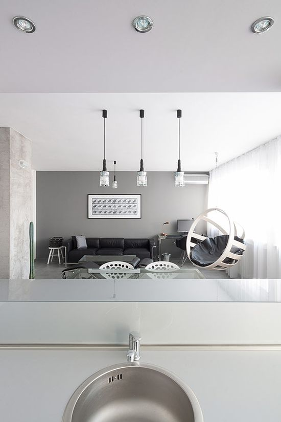 minimalist apartment 5