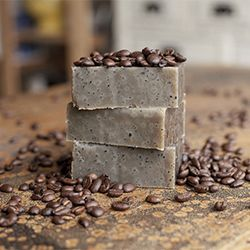 A soap made with double-strength coffee & a real coffee ground exfoliant! Follow this easy recipe & gift your favorite coffee lover!