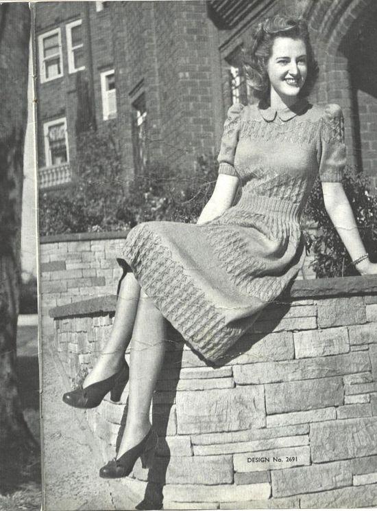 Young in Heart Dress  1940s van LouisaAmeliaJane op Etsy, $3.00