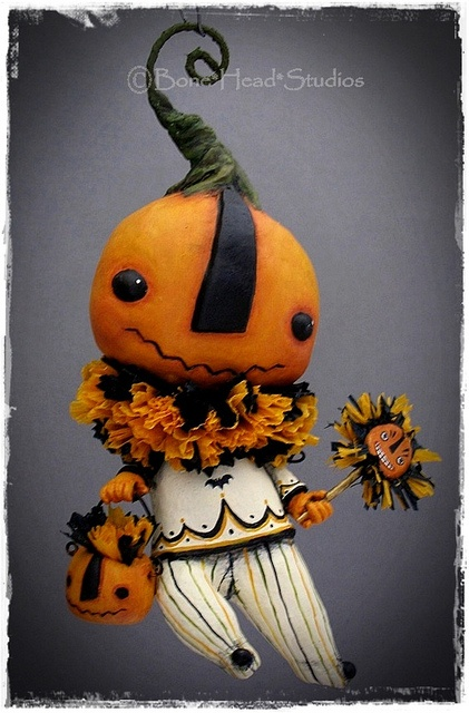 this little pumpkin guy is adorable!