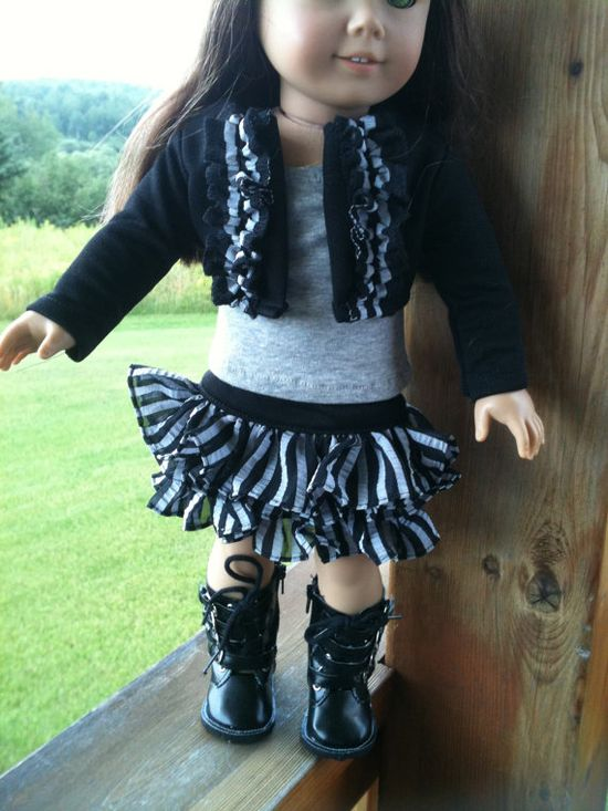 "18"" doll b/w and boots"