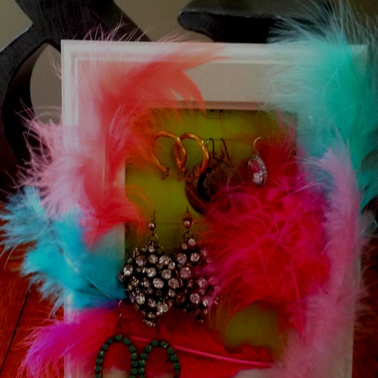 DIY jewelry picture frame