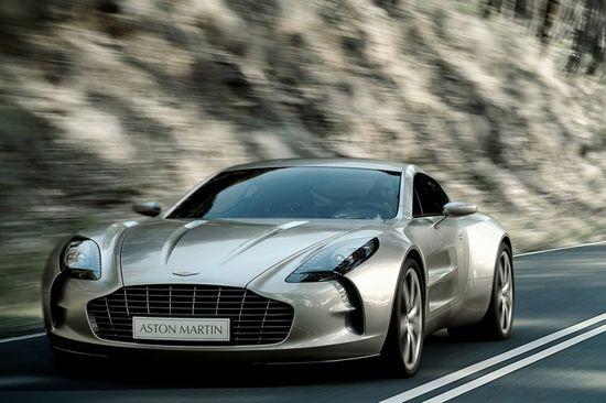 Aston Martin One-77 sexy beast!