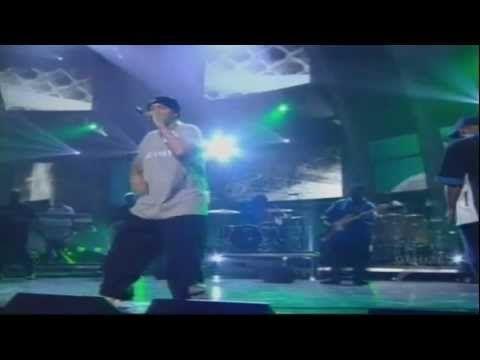 Eminem - Lose Yourself  [Live]  Grammy Awards 2003