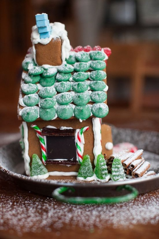 Kids in the kitchen: The after school gingerbread project. #holiday #tutorial #gingerbreadhouse