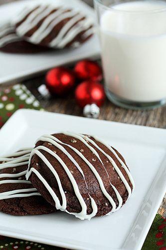 Rolo Stuffed Chocolate Cookies... yum!!