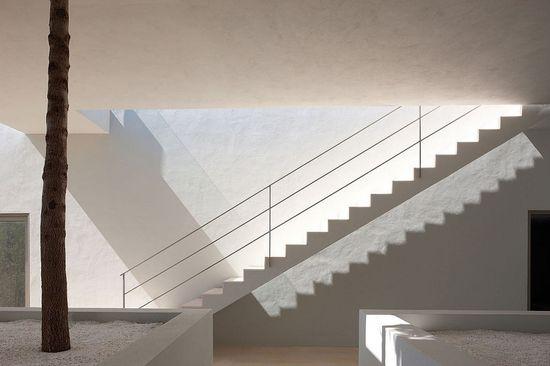 CAN MANA / Atelier d'Architecture Bruno Erpicum  Partners