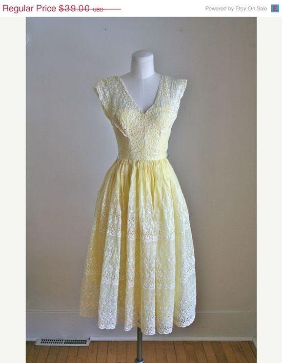A Lemon vintage Dress (40s/50s party dress)