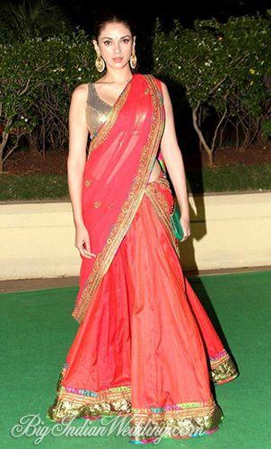 Aditi Rao Haydri at Vishesh Bhatt and Kanika's   Wedding reception