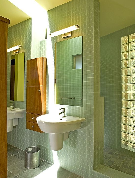 Best Master Bathroom Design Ideas and Photos - Zillow Digs