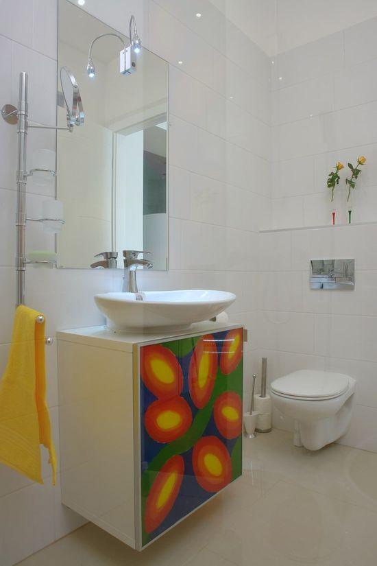 Joyful bathroom interior design