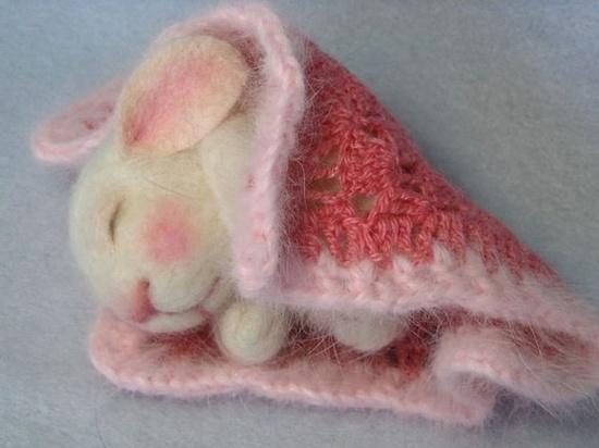 On line bunny felting class