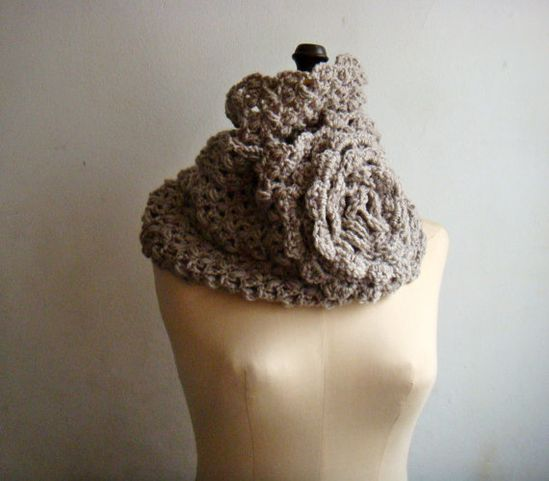 PDF Pattern Crochet Cowl Flower Loop Infinity by PATTERNSbyFAIMA, $4.99