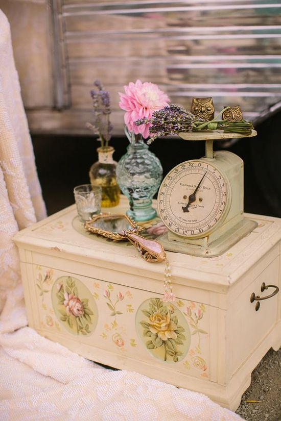 Vintage Accessories for Home Decoration