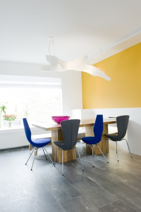 Modern Home - Yellow