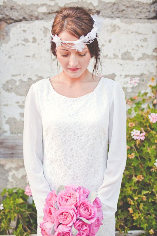 Elopement Inspired Photo Shoot from Lindsey Gomes Photography  Read more - www.stylemepretty...