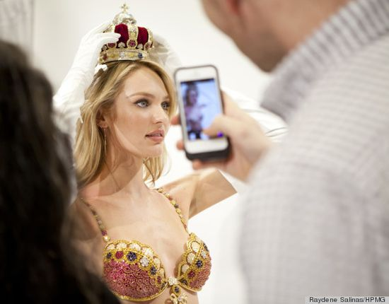 Victoria Secret Model Queen being Crowned