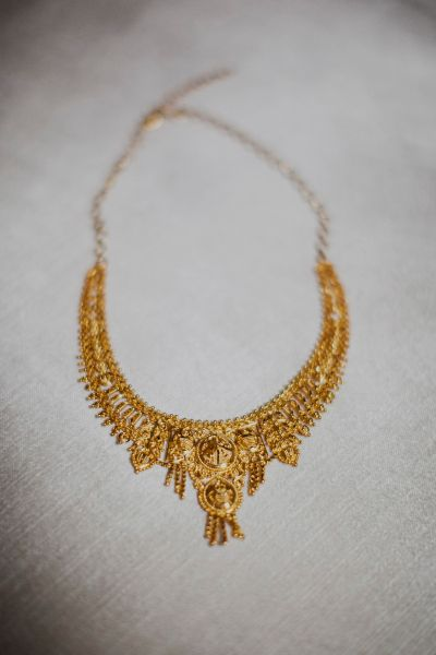 a #gold necklace worn by the Bride #jewelry