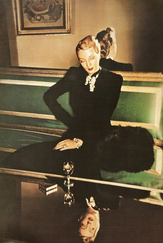 Harper's Bazaar, 1940s