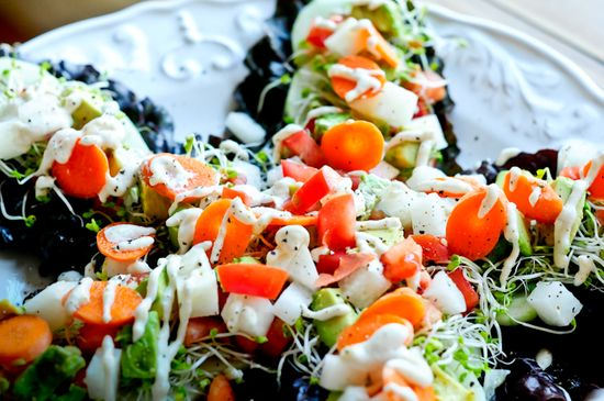 Chard Wraps with Lime Cayenne Cream #glutenfree #antiinflammatory #vegetarian #vegan #dairyfree #rawfood
