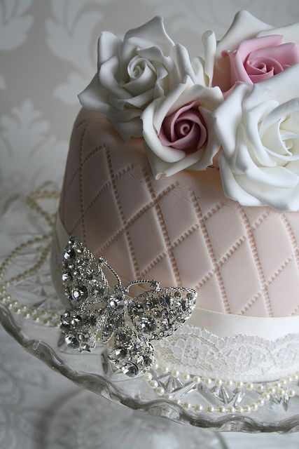 Vintage by Cotton and Crumbs, via Flickr--gorgeous