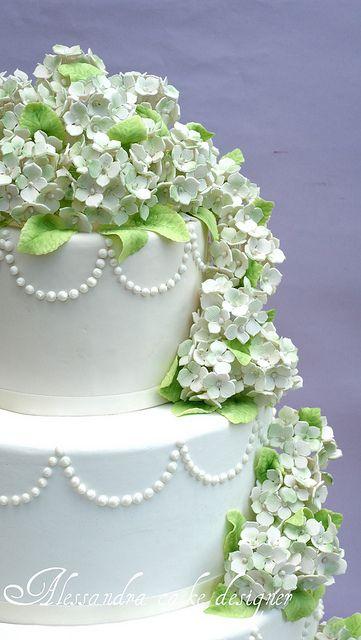 Hydrangea cake by Alessandra Cake Designer, via Flickr