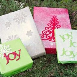 DIY Gift Wrap With Spray Paint – Creative Gift Giving